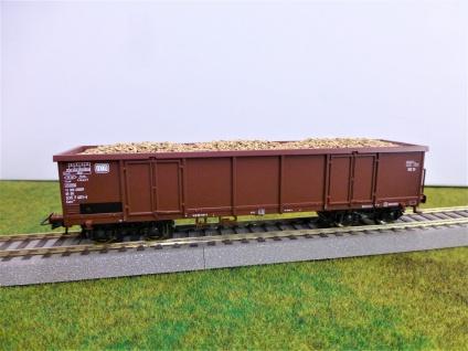 Roco H0 Hochbordwagen mit Rübenladung