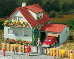 Auhagen 12222 Haus mit Garage