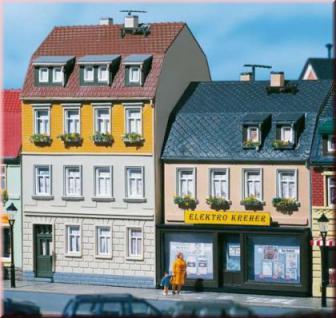 Auhagen 12272 Wohnhäuser Nr. 5/7 H0/TT