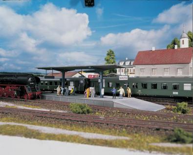 Piko 61821 Bahnsteig Burgstein