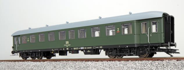 ESU 36117 Eilzugwagen der DR