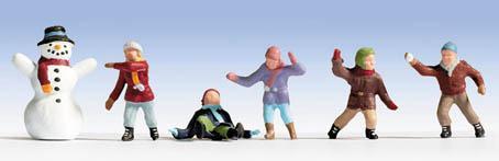Noch 15818 Kinder im Schnee
