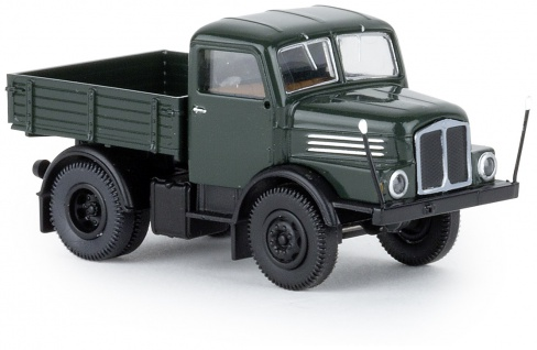 Brekina 71451 IFA S4000-1 Zugmaschine