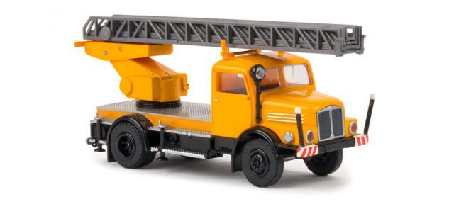 Brekina 71728 IFA S4000 DL25 Kommunal
