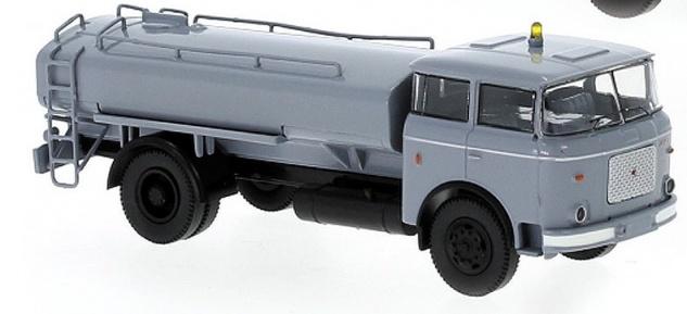 Brekina 71871 LIAZ 706 Sprengwagen