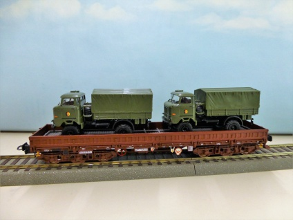 NPE Modellbau NW 22090 Schwerlastwagen - Vorschau 3