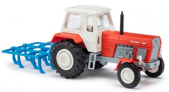 Busch 8712 Traktor mit Schwergrubber