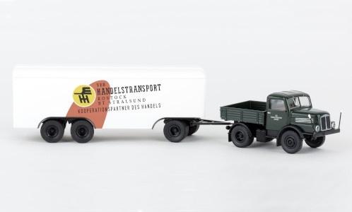 Brekina 71453 IFA S4000 Handelstransport