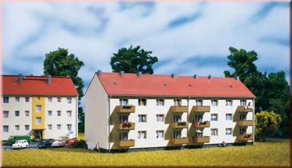 Auhagen 14472 Mehrfamilienhaus