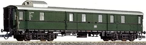 Roco 44549 Eilzugpackwagen der DB