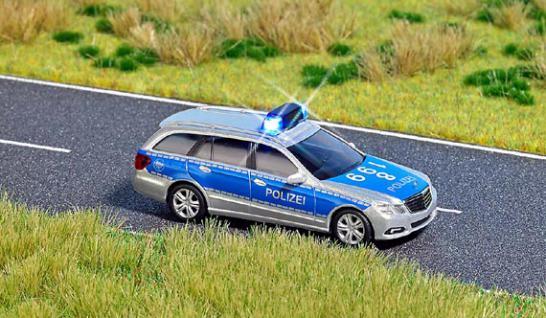 Busch 5626 Mercedes Polizei mit Blinklicht