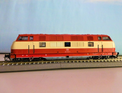 BTTB 2513 Diesellok BR 221 DB
