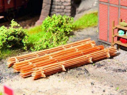 Noch 14210 Laser-Cut minis Holzstapel