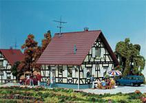 Faller 130221 Einfamilienhaus mit Fachwerk