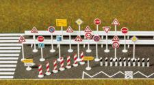Busch 8121 Verkehrszeichen Set