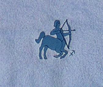 Frotteetuch hellblau mit Sternzeichen Schütze - Vorschau 3