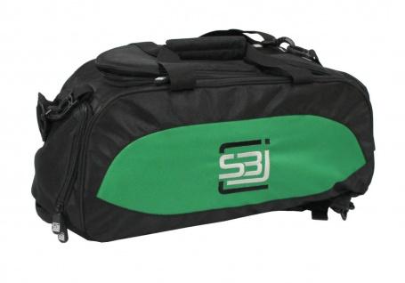 Sporttasche mit Rucksackfunktion in schwarz mit grünen Seiteneinsätzen