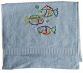 Handtuch aus Frottee mit Bestickung Fischen