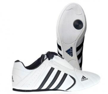 Adidas Kampsportschuhe SM III