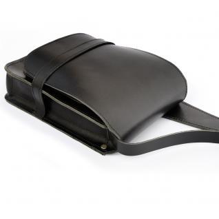 Jahn-Tasche - Kleine Herren-Handtasche Größe S / Umhängetasche aus Leder, A5 Hochformat, Schwarz, Modell 684