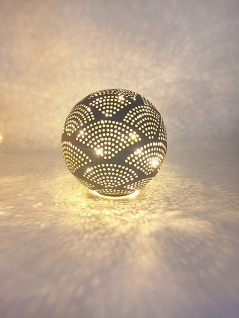 LED-Deko-Kugel 10cm warmweiß Licht Tischdeko Dekolampe Glaskugel Beleuchtung