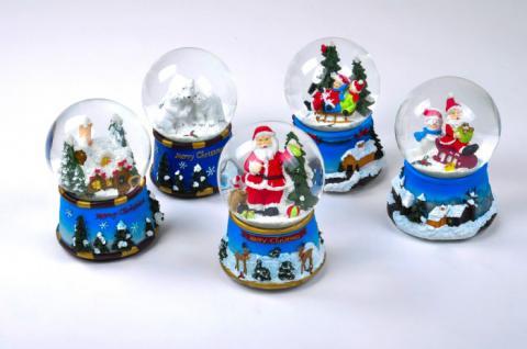 Schneekugel mit Spieluhr Schlitten Kinder Weihnachtsmann Schneemann Eisbär Haus