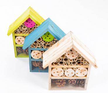 Insektenhotel Holz, Bambus und Zapfen Grüner Jan