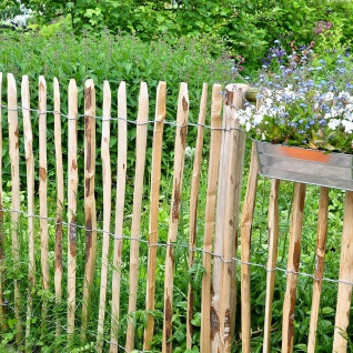 Staketenzaun 0, 9x5m Gartenzaun Holzzaun Gartenteichzaun Rollzaun Haselnuss Zaun