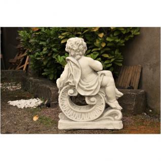 Steinfigur Jahreszeit Winter, liegender Junge, Skulptur aus Steinguss - Vorschau 3