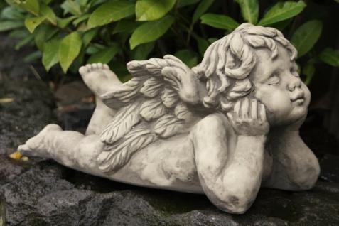 ENGEL ENTSPANNT SKULPTUR aus STEINGUSS STEINFIGUR FROSTFEST PUTTE NEU V-114336