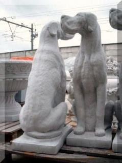 Steinfigur Dogge Hund aus Steinguss für Garten Hunde