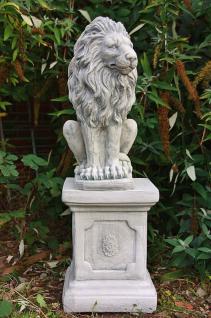 Steinfigur Löwe aus Steinguss mit Sockel frostfest 91 cm H Löwen