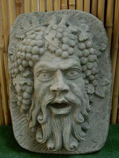 Steinfigur, Wasserspeier Bacchus, für die Wand