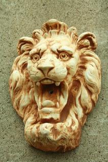 Steinfigur patiniert Wasserspeier Löwen, mit Öse zum Aufhängen, aus Steinguss
