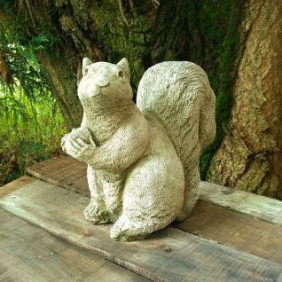 Steinfigur Eichhörnchen, Eichert, Baumkater, Tierfigur aus Steinguss