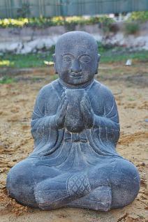 Steinfigur Sitzender Mönch mit Schale, Skulptur aus massivem Steinguss