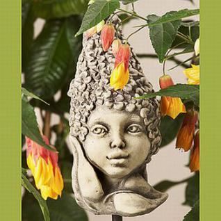 Steinfigur Blumenkind Flieder für den Garten & Balkon