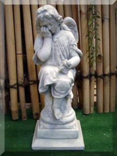 Engel auf Säule für Garten & Friedhof