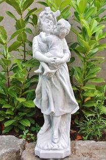 Mutter mit Kind für Garten, Teich & Balkon