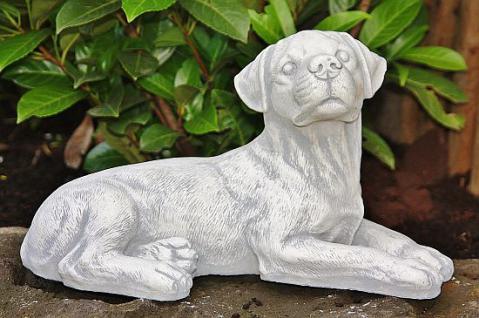 Hundewelpe, liegend für Garten, Terrasse & Balkon / Tierfigur Hundewelpe Steinguss