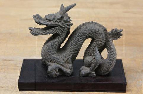 Steinfiguren Chinesischer Drache, Skulptur aus Lavasteinguss