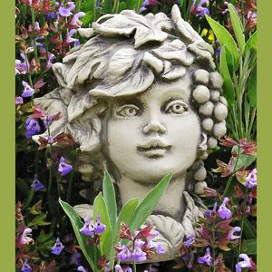 Steinfigur Blumenkind Herbst, Figur aus Steinguss