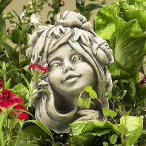 Steinfigur Blumenkind Trollblume, Figur aus Steinguss