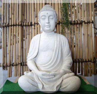 Steinfigur Buddha, sitzend, 80cm hoch, aus Steinguss