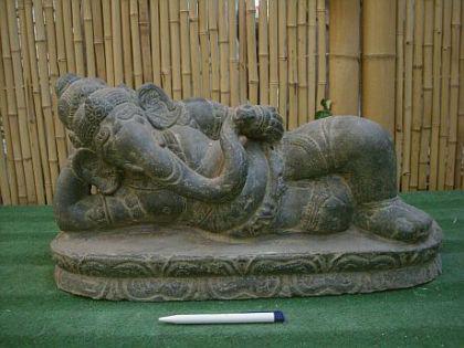 Ganesha, liegend, Figur aus Steinguss - Vorschau 1