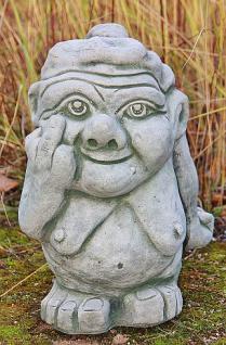 Steinfigur Freche Oma groß, witzige Figur aus Steinguss