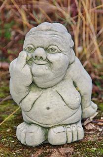 Steinfigur Freche Oma, witzige Figur aus Steinguss