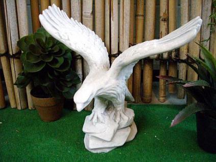 Steinfiguren Adler, Tierfigur aus Steinguss