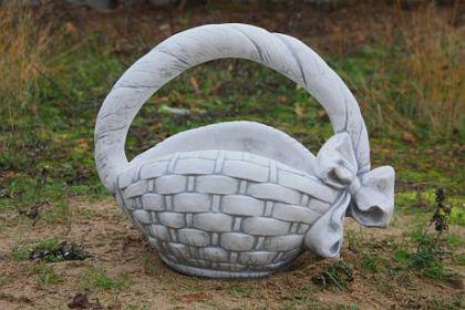 Steinfigur Pflanzkorb, Skulptur aus Steinguss