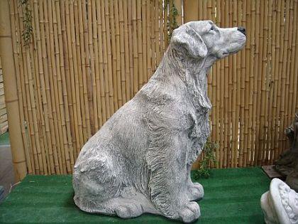 Steinfigur Skulptur Hund Golden Retriever, aus Steinguss Hunde